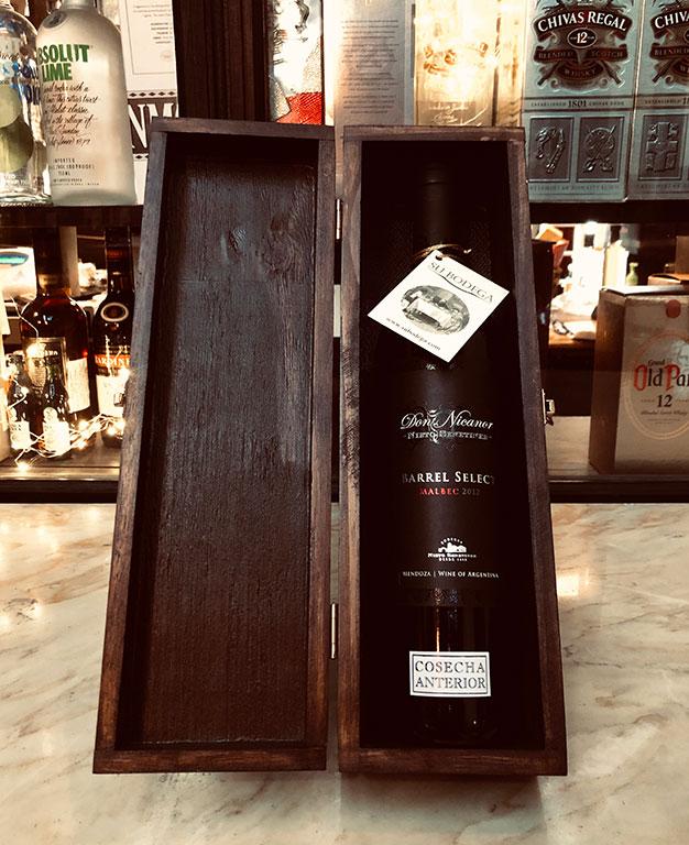 Estuche madera negra x 1 vino Don Nicanor Barrel Select